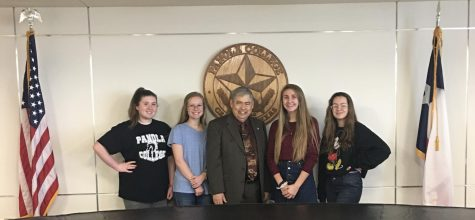 Lunches and Lectures: Gary Journalism Students Attend Panola History Lecture
